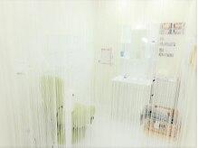 ホワイトニングサロン 福岡博多店の雰囲気(半個室空間となっており周りが気になりません♪)