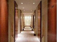 VS28スキンケアスタジオ マンディバリ 横浜(MANDI BALI)の雰囲気(バリの王宮をイメージしたヒーリング空間で至福の癒しの時間を♪)