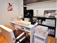 美容室併設☆個室のネイルスペースでゆったり施術♪