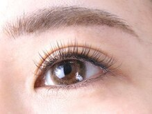 ゴールデンアイ(Golden eye)の雰囲気(豊富なサンプルからカール・長さを選べます。)