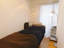 ビューティチアラボ 京都店(beauty cheer LAB)の雰囲気(カーテンで区切られた個室でゆったり施術をお受けいただけます♪)