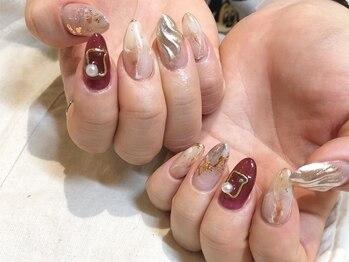 アース ネイルアンドアイラッシュ 甲府昭和店(HAIR & MAKE EARTH Nail&Eyelash)の写真/爪の形にコンプレックスのある方にオススメ◎指先の美しさを格上げ♪憧れの縦長美爪へ★