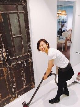 リジュベネーション専門サロン 桜梅桃李 神戸三宮店/真っ白の空間