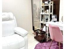 プライムステージの雰囲気(美容室内の個室で1:1施術のまつげ&眉サロンです)