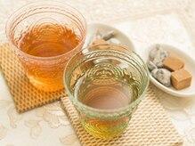 数種類のお茶からお客様に合ったものをセレクト。