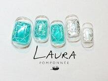 ローラポンポニー(Laura pomponnee)/ダイアモンドネイル