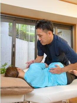 J'Sメディカル整体院 藤沢の写真/デスクワークや立仕事、家事・育児で感じる辛い腰痛…全身の歪みを正し、綺麗な姿勢で腰痛とさよなら♪