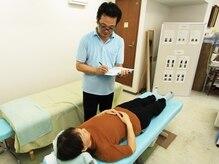 礪氣整体院 オクザキ健康工房の雰囲気(カウンセリングで現在の体の状態を把握してから施術に入ります。)