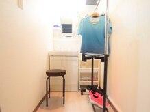 リフレッシュメント トレーニングジム(Refreshment Training Gym)の雰囲気(清潔感ある更衣室、整理整頓、清掃の徹底をしています!)
