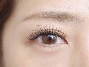 フランチェスカ アイラッシュ(francesca eyelash)の写真/装着するだけのマツエクは卒業!自まつ毛を育てながら、大人女性らしいキレイな目元を目指しましょう☆
