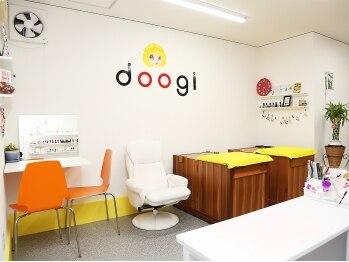 ドゥーギ ネイル(doogi)(東京都荒川区)