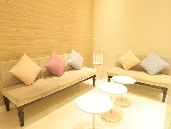 レクラン 池袋ホテルメトロポリタン店(L'ecrin)/広々とした待合いスペース
