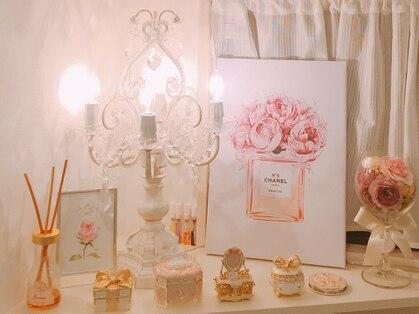 ラヴィアンローズ(La vie en Rose)の写真