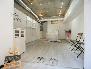サロン ピース(Salon PiESe)(大阪府大阪市浪速区)