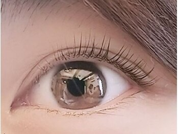 アイラッシュサロン レイ 福岡天神店(eyelash salon Rey)の写真/《次世代まつげパーマ/話題のパリジェンヌ》待望の導入!自まつ毛を根元から立ち上げ最大限に長く見せる!