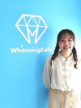 ホワイトニングカフェ 池袋東口店/可愛い八重歯も!