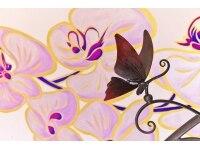 蝶のアートと胡蝶蘭のコラボ