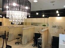 ネイルアンドアイラッシュ ブレス エスパル山形本店(BLESS)の雰囲気(全5席の広々としたアイラッシュスペース)