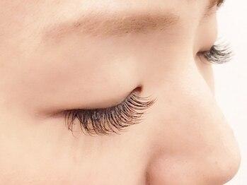 アプレ 本店(apres nail & eyelash)の写真/【初回限定★目力UP】最高級抗菌シルク [上120本]¥4980!高技術と丁寧な接客でリピーター続出の人気店♪