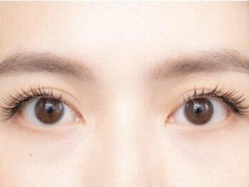 パリス アイラッシュ(PAAARIS)の写真/((Eyecare姉妹店*))魅せる目元へ。まつエク×アイブロウのバランス感がpoint◎今っぽい印象お任せ下さい♪