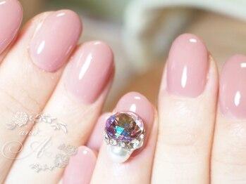 ネイルルーム アンドエー(nail room and...A)/透明感のあるピンクにビジュー盛