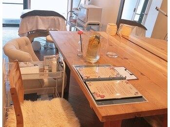 マリリンズローズ リラックスルーム(MARILYN'S ROSE relaxroom)(岡山県岡山市北区)