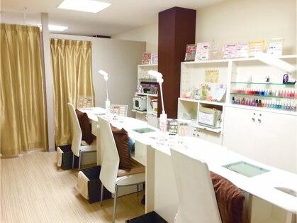 ネイルサロン プティ マーナ 経堂店の写真
