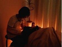 にしも(nishimo)の雰囲気(極上の癒し空間でドライヘッドスパ。心地よい眠りに導きます♪)