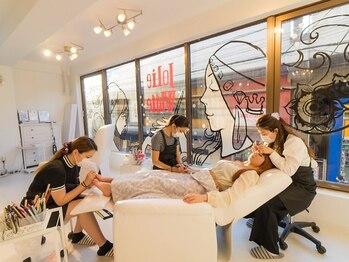 トータルラグジュアリーサロン ジョリーホワイト 綾瀬店(Jolie White)の写真/【忙しい大人女性必見!!】ネイル・アイメニューの同時施術が可能なので、寝ている間にキレイに♪