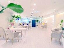 オーシャンブルー 大分店(OCEAN BLUE)の雰囲気(広くてゆったりとした開放的なリビング。自分磨きの大切な時間☆)