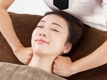 目の美容院 ホテルグランビュー高崎サロンの写真/ズッシリくる疲れ目・脳疲れによる睡眠不足の辛さから解放!磁気・酵素・ハンドによる施術で全身巡りケア♪