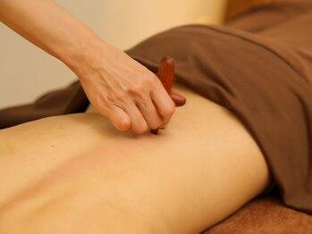 インペリアル(IMPERIAL)の写真/立ち仕事や家事でお疲れの方!腰痛の原因はお尻や太ももにもあるかも!肘を使って原因から徹底アプローチ◎