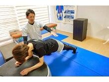 ロハス(LOHAS)の雰囲気(正しい姿勢の指導でトレーニング効率UP)