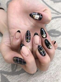 エムアイネイル(MI nail)/ジェルアートつけ放題¥7980