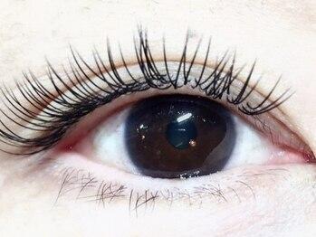 ナチュレ ネイルアンドアイラッシュ(Nature Nail & Eyelash)の写真/まつ毛の栄養足りてますか?【ご新規様スタンダード☆80本オフ無料¥4300】世界特許技法のエクステ!
