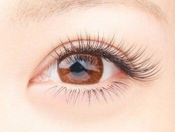 エールフェルム(aile ferme)の写真/密度のあるフサフサまつ毛で印象的な目元に♪どこから見ても綺麗な目元を《aile ferme》で叶えて☆