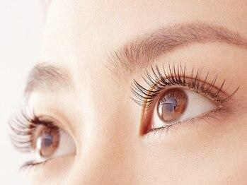 ティアラ 三ノ宮店(tiara)の写真/キレイな目元をキープしたい」「無理のないペースで続けたい」…フラットラッシュなら美しい目元が超持続♪