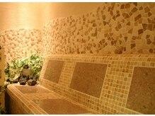 エイチ ツー オー 難波店(H2O)の雰囲気(SPA2:体内の不要物をしっかり排出するハーブスチーム岩盤浴)