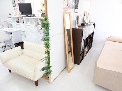 ネイル アンド リラクゼーション グランス 京成大久保店(Nail & Relaxation glance)の写真