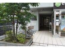 脱毛サロン アンジェ 浦安店の雰囲気(マンション入り口です。通路中にインターフォンございます。)