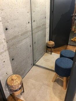 フィットジャム(FIT JAM)/トレーニングルーム内の更衣室