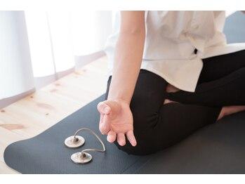 トミセラピー(TOMI THERAPY)/RELAX YOGAで心と身体を整えます