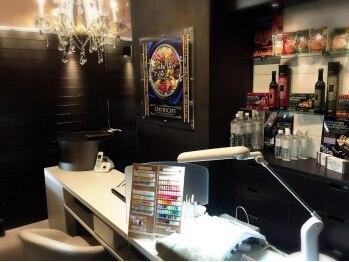 ネイルサロン ミスティ 新宿東南口店(nail salon Misty)(東京都新宿区)