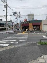 理楽堂/「八戸ノ里駅」の改札口出て右へ