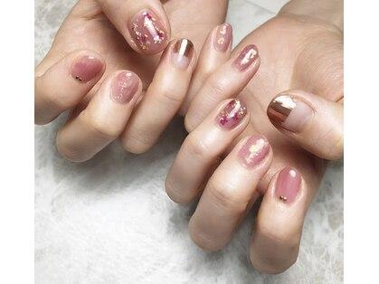 ウィズ ネイル(With nail)の写真