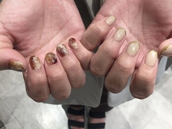【nail】nuance brown