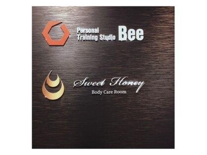 Bee&Sweet Honey