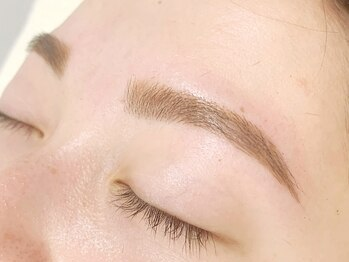 ソワニエ 袋井店(SOIGNER)の写真/朝のメイク時間を短縮♪顔の印象は眉毛でかわります!顏分析付きで似合わせまゆ毛をご提案いたします♪