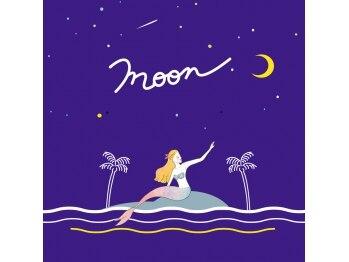 ムーンネイル(moon nail)