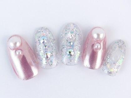 ムーンネイル(moon nail)の写真